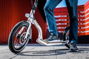 KILKER: The electric scooter to enjoy the road